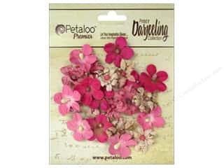 Bazzill Embellishment Flowers / Blossoms / Leaves: Petaloo Darjeeling Wild Blossom Mini Fuchsia