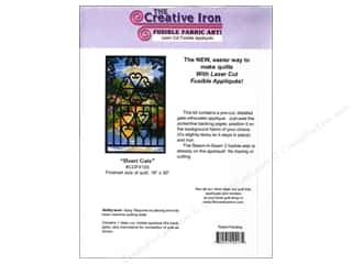Creative Iron Heart Gate Applique & Pattern 18 x 30 in.
