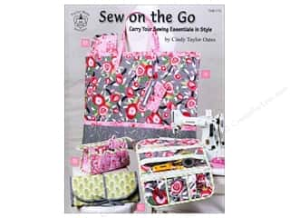 Potter Publishing Purses, Totes & Organizers Books: Taylor Made Sew On The Go Book by Cindy Taylor Oates