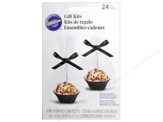 Baking Supplies Black: Wilton Containers Treat Pops Gift Kit Black 24pc