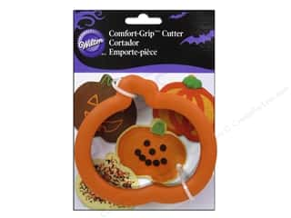 Cutters Cooking/Kitchen: Wilton Cookie Cutter Comfort Grip Pumpkin