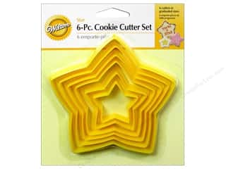 Plastics Cooking/Kitchen: Wilton Cookie Cutter Set Nesting Plastic Star 6pc