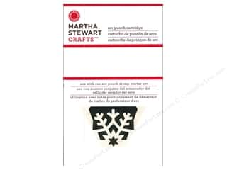 Martha Stewart Crafts Winter Wonderland: Martha Stewart Circle Edge Punch Cartridge Starry Snowflake