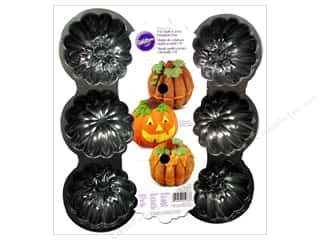 Wilton Pan Cake 3D Pumpkin 8 Cavity Easy Release