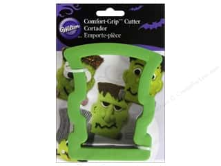 Cooking/Kitchen Craft & Hobbies: Wilton Cookie Cutter Comfort Grip Monster Head