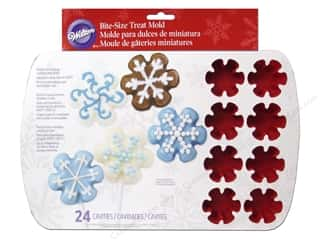 Molds Cooking/Kitchen: Wilton Molds Silicone Bite Size Snowflake 24 Cavity