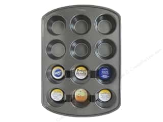 Suction Cups $5 - $10: Wilton Bakeware Pan Muffin 12 Cup Non Stick