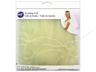 New Clear: Wilton Accessories Veil Double Layer Rolled Edge New Ivory