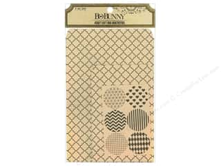 Valentines Day gifts: Bo Bunny Kraft Gift Bag Quatrefoil