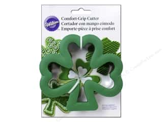 Clearance Blumenthal Favorite Findings: Wilton Cookie Cutter Comfort Grip Shamrock