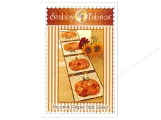 Stitchin' Post Table Runner & Kitchen Linens Patterns: Shabby Fabrics Patchwork Pumpkin Table Runner Pattern