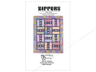Fat Quarters Patterns: Mountainpeek Creations Zippers Pattern