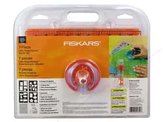 Paper Trimmers / Paper Cutters Borders: Fiskars Ultra ShapeXpress Cutter Starter Set