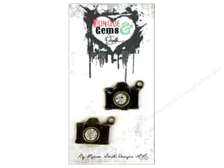 Marion Smith Beading & Jewelry Making Supplies: Marion Smith Embellishment Junque & Gems Camera