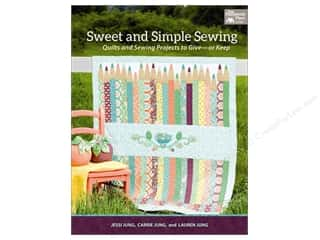Clearance Pictura Luggage Tag: That Patchwork Place Sweet And Simple Sewing Book