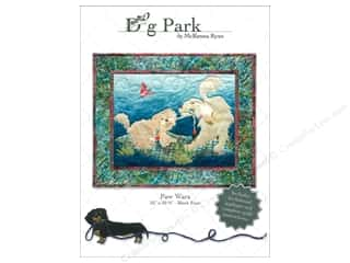 Appliques Toys: Pine Needles Dog Park Paw Wars Pattern