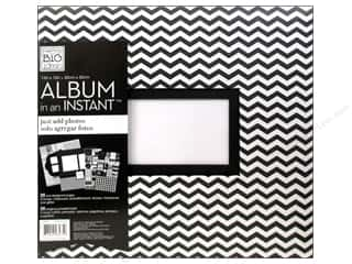 MAMBI Scrapbook Album 12x12 Instant Dream Big B&W