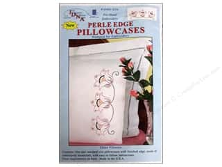Jack Dempsey Pillowcase PerleEdge Wht Three Flower