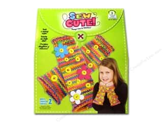 Colorbok Learn To Kit: Colorbok Learn To Kit Sew Cute Fingerless Gloves