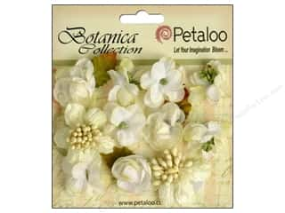 Flowers / Blossoms Fabric Flowers: Petaloo Botanica Collection Minis White