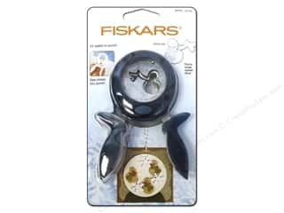 Scrapbooking & Paper Crafts Winter: Fiskars Punch Squeeze Large Winter Brrr