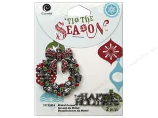 Cousin Season Christmas Accent Wreath Silver