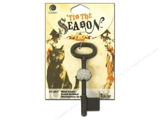 Charms and Pendants Halloween: Cousin Tis The Season Halloween 2014 Key Antique Gold