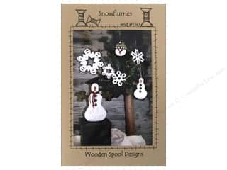 Plus Christmas: Wooden Spool Designs Snowflurries Pattern