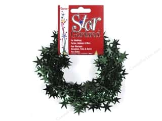 Green: Darice Decor Garland Star 25' Hunter Green