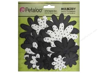 Petaloo Chipboard Embellishments: Petaloo Color Me Crazy Chalkboard Embossed Daisies