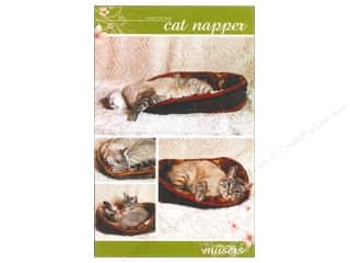 Mckay Manor Musers Cat Napper Pet Bed Pattern