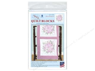 "Jack Dempsey Quilt Block 18"" 6pc White Rose Bouquet"