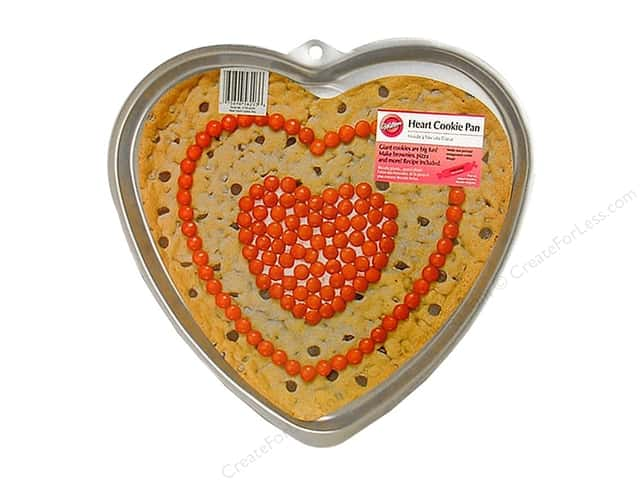 Wilton Bakeware Cookie Pan Giant Heart Aluminum