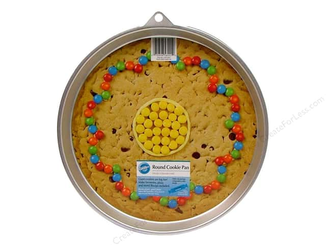 Wilton Bakeware Cookie Pan Giant Round